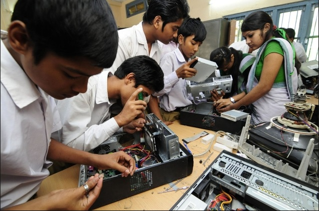 delhi government to start vocational training witht he help of public private partnership