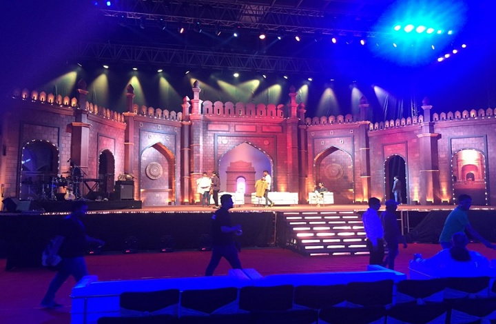 stage is set for the kapil sharma show in new delhi