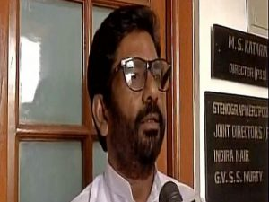 shiv sena protests against air india